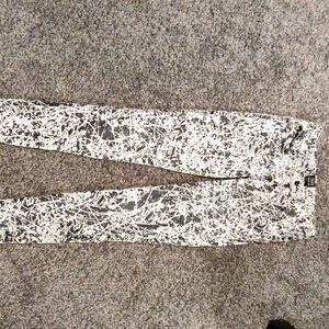 Cute white and black acid wash jean